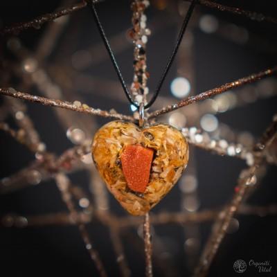 Goldstone- orgonite heart...