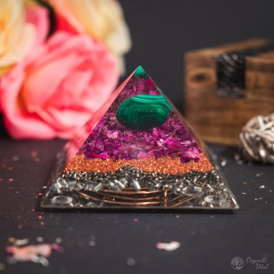 Malachite - Orgonite Pyramid