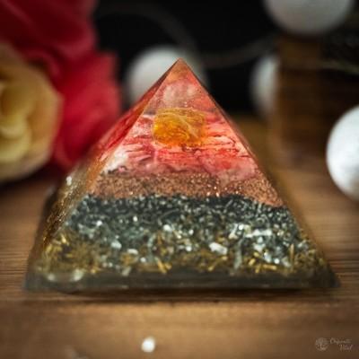 Amber - Orgonite Pyramid