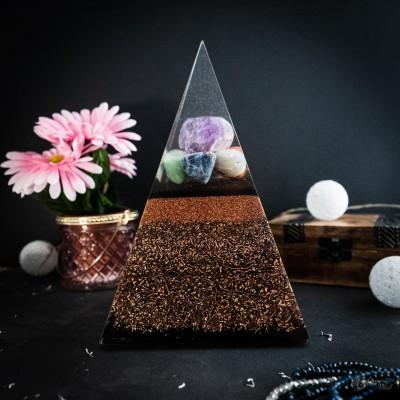 7 Čaker - Orgonitna piramida